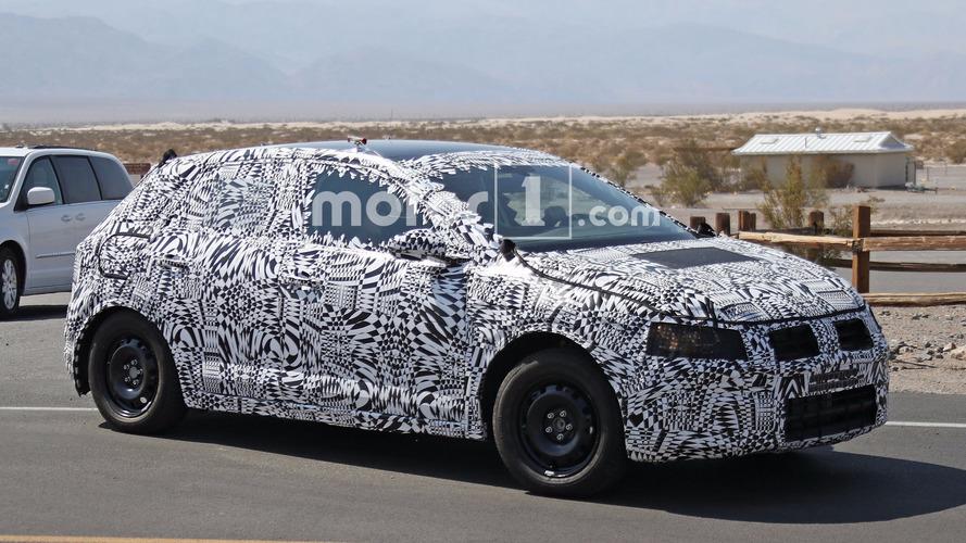 Yeni VW Polo ve GTI versiyonu güneşleniyor
