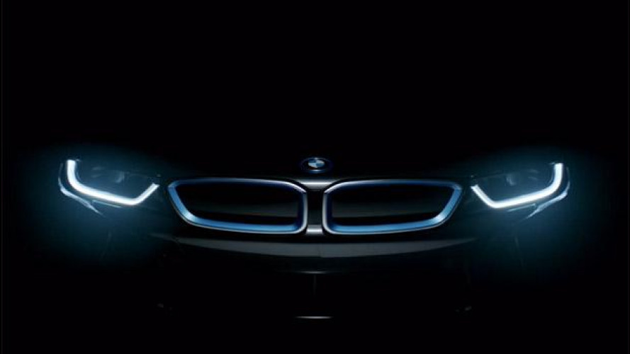 BMW i8, il volto della sportiva del futuro [VIDEO]