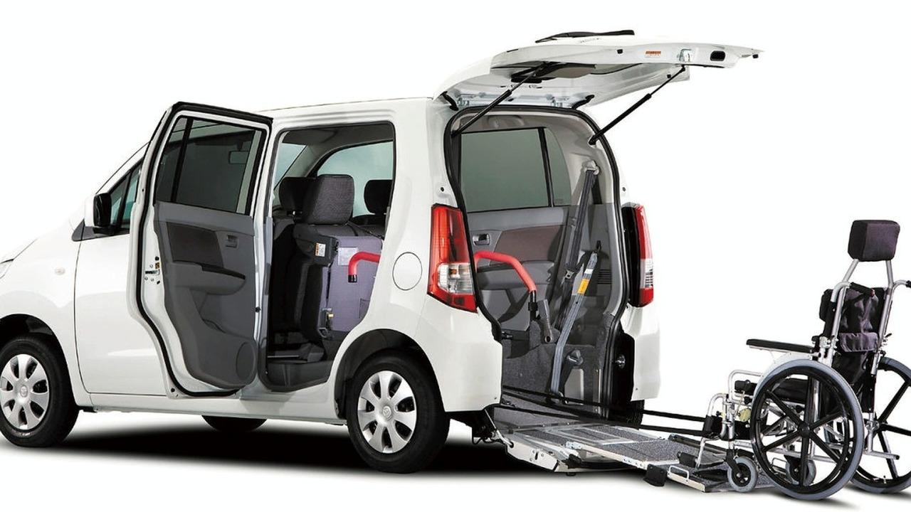 Mazda AZ-Wagon i for Wheelchairs in Japan