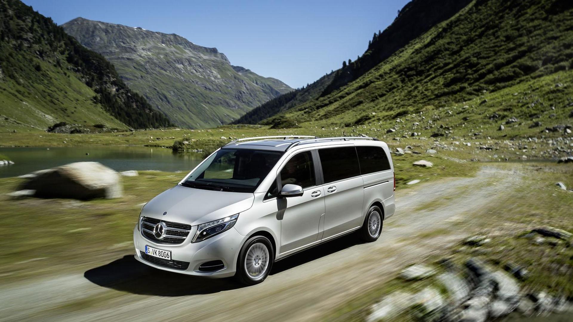 Полноприводный минивэн Mercedes-Benz V-Class 4Matic нового поколения