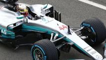 Mercedes 2017 F1 aracı