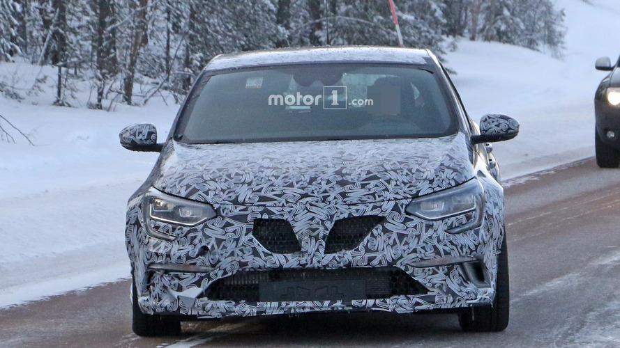 2018 Renault Megane RS spy photos