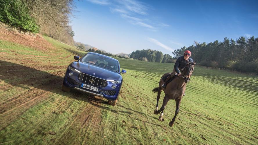 Maserati Levante atla yarıştı
