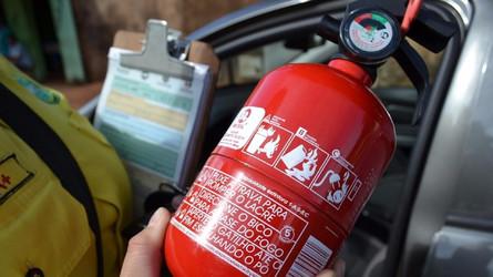 Extintor para carros pode voltar a ser obrigatório no Brasil