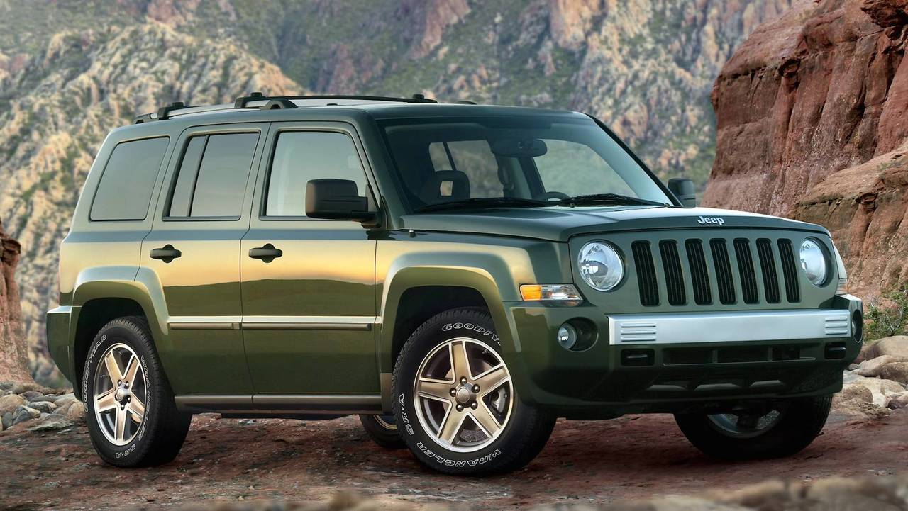 10 discontinued suvs that just didn 39 t make the cut. Black Bedroom Furniture Sets. Home Design Ideas