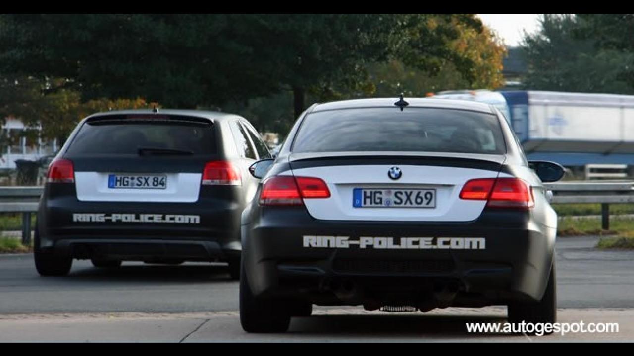 """BMW M3 e Audi S3 """"vestidos"""" como carros de polícia são flagrados próximos de Nürburgring"""