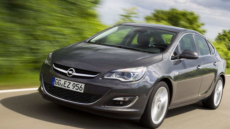 2014 Opel Astra unveiled with new engine, upgraded tech