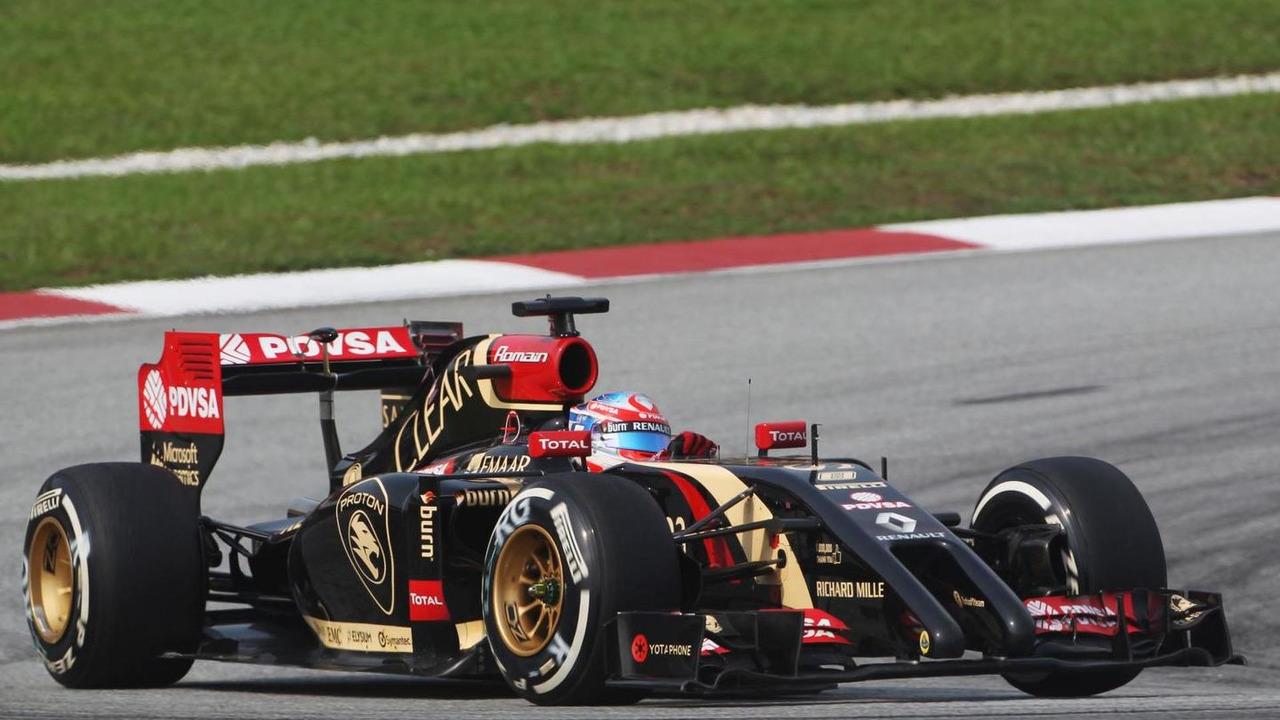 Romain Grosjean, Lotus F1 E22 at 2014 Malaysian Grand Prix