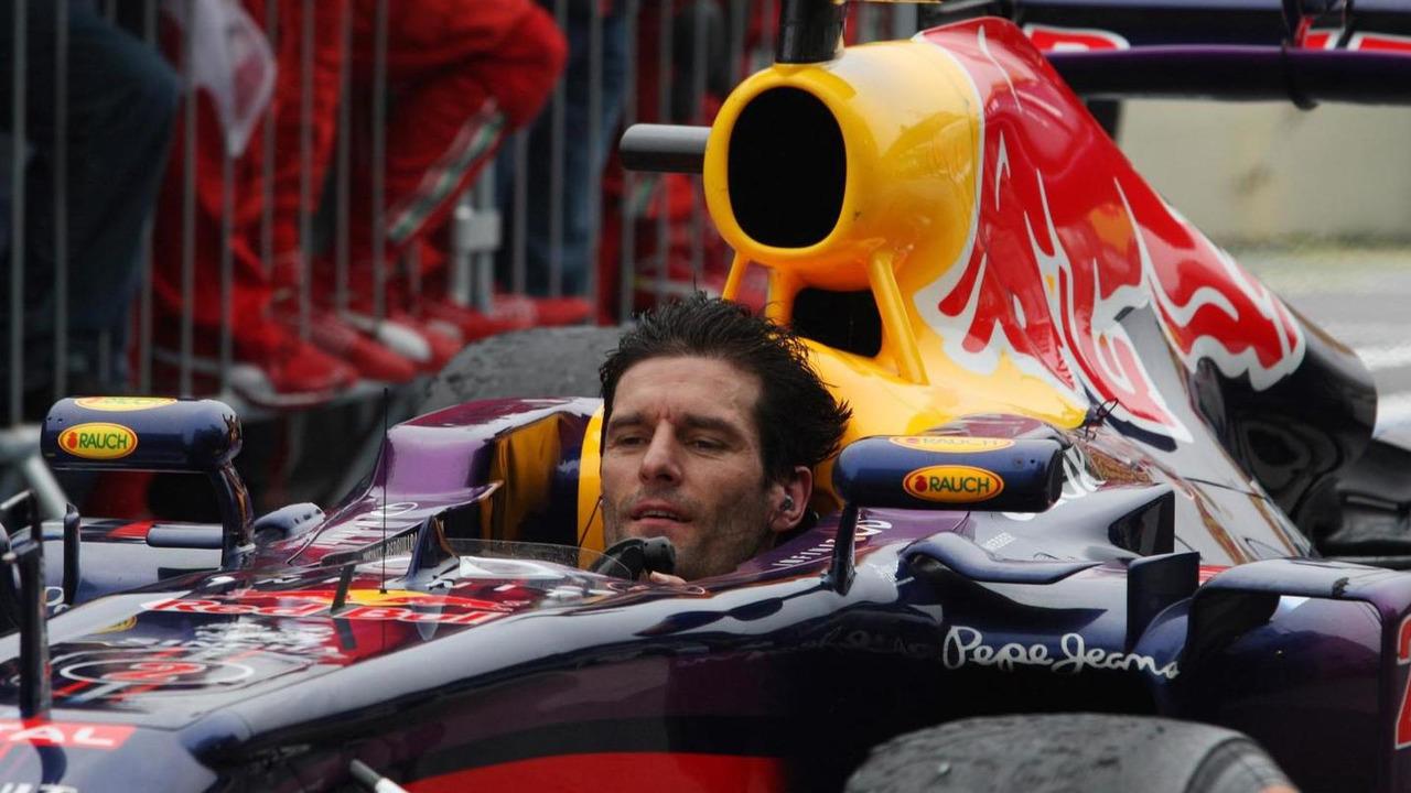 Mark Webber arrives in parc ferme minus his helmet after finishing his last GP 24.11.2013 Brazilian Grand Prix