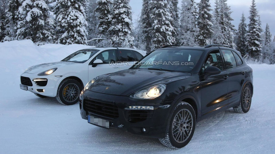2015 Porsche Cayenne facelift spied cold weather testing