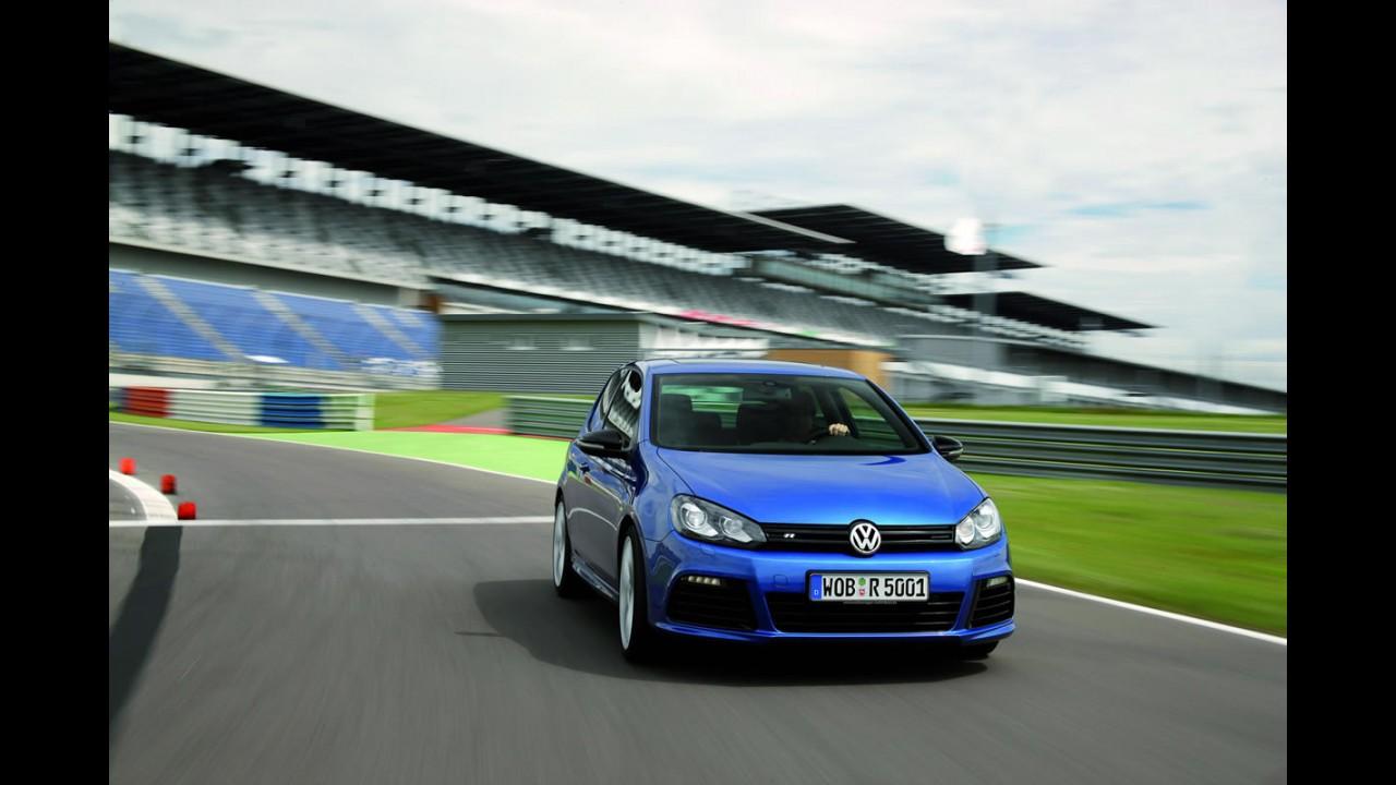 Europa: Em mais um mês de queda nas vendas, VW e Renault lideram
