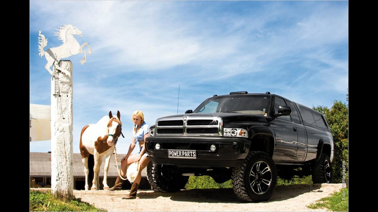 Dodge Ram, Diana und Pferd Salem