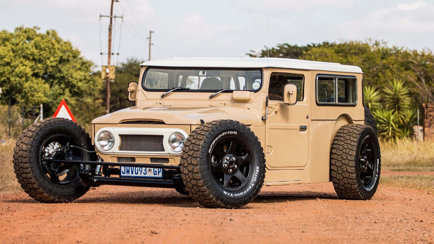 Toyota Fj40 For Sale >> This Custom Toyota FJ40 Land Cruiser Hot Rod Redefines Awesome