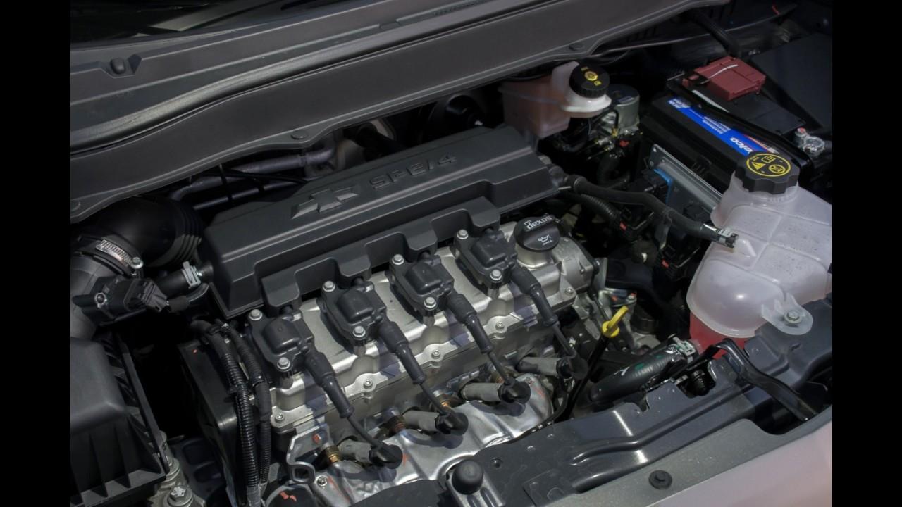 Teste Rápido: Sem rivais, Chevrolet Spin muda só mecânica para 2017