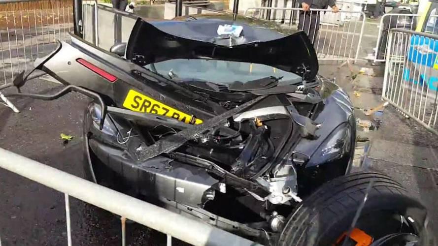 McLaren 570S Left Unrecognizable After London Smash