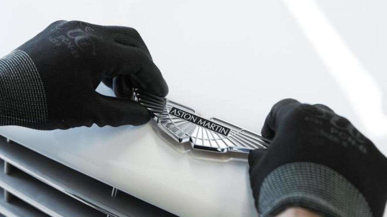 Aston Martin logo emblem 07.12.2012
