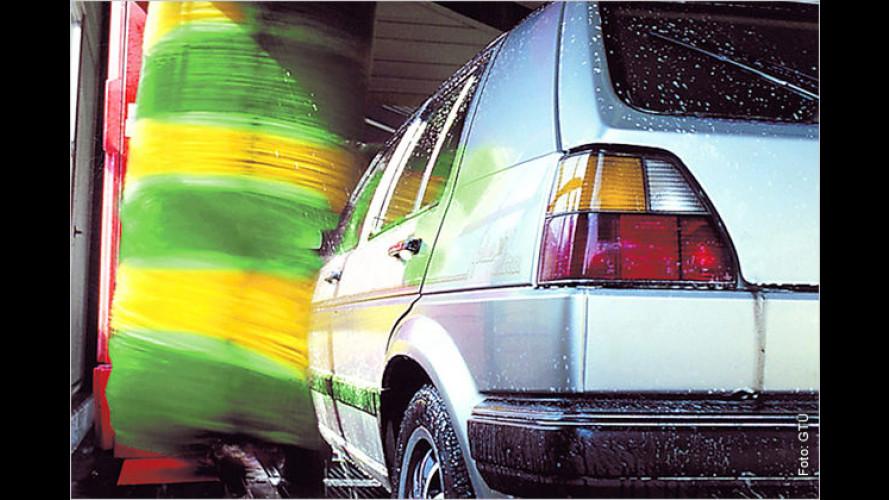 Vier Sekunden entscheiden: Darum öfter Auto waschen