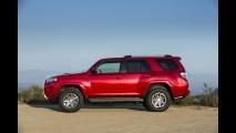 Toyota atualiza visual do SUV 4Runner nos EUA