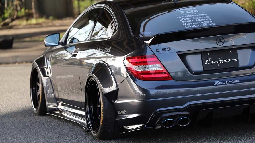 Liberty Walk s'attaque à la Mercedes-AMG C 63 !