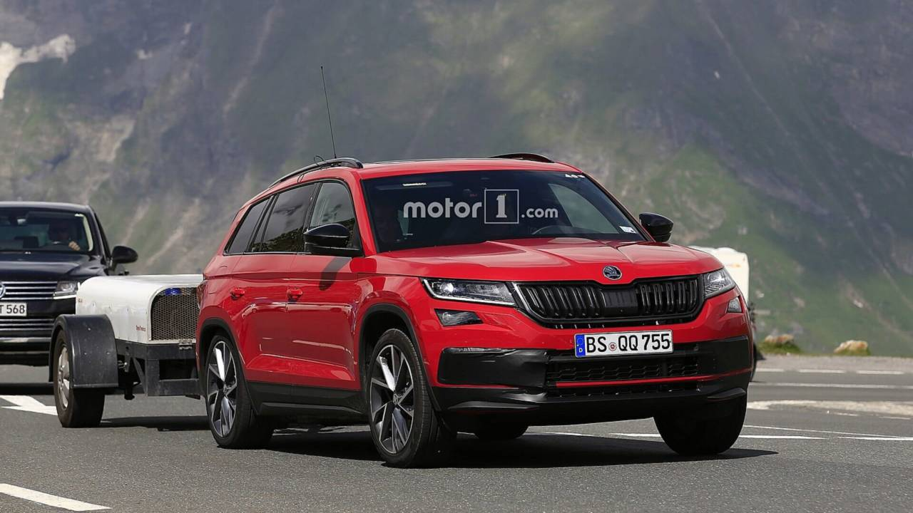 2019 skoda kodiaq rs spy photos photos. Black Bedroom Furniture Sets. Home Design Ideas
