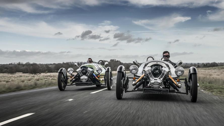 Cinco coches para conducir con casco