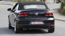 Volkswagen Golf R Cabrio spy photo 23.8.2012 / Automedia