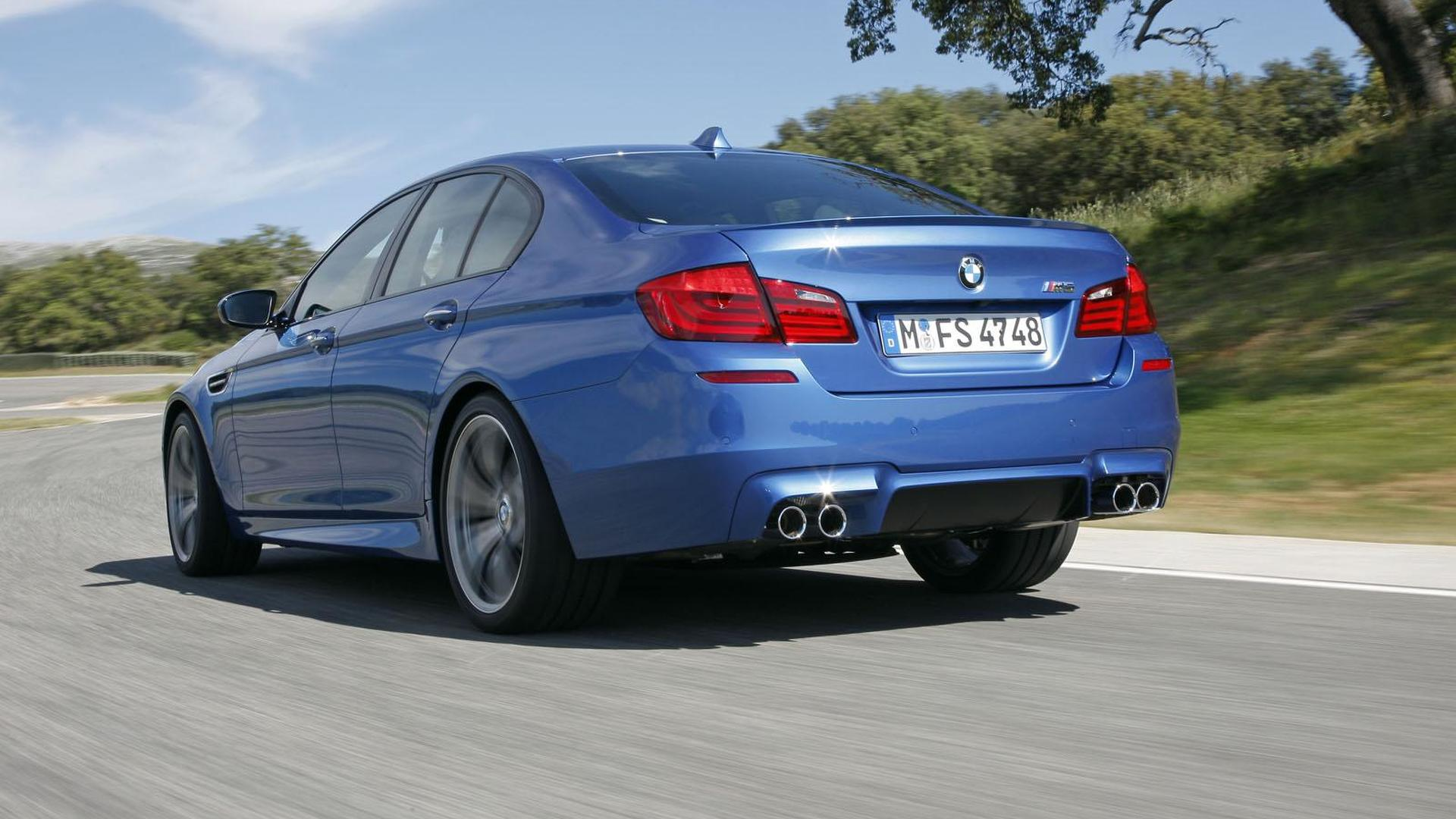 BMW M5 officially unveiled