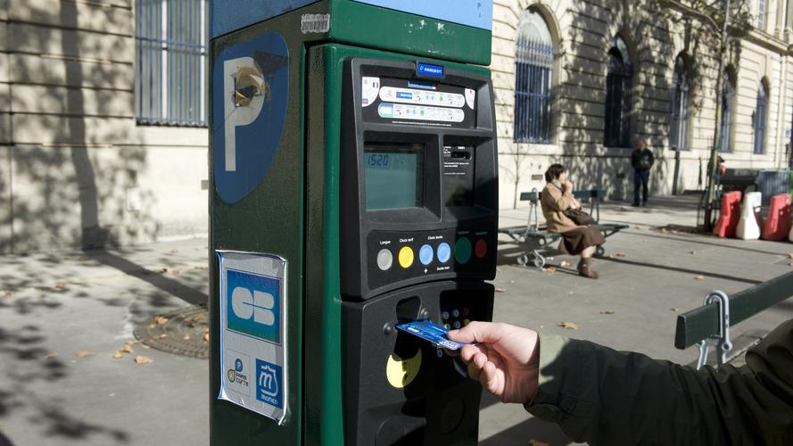 Stationnement à Paris - Des milliers de faux contrôles