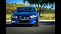 Recém-transformado, o belo Nissan Maxima quase saiu de linha em 2011