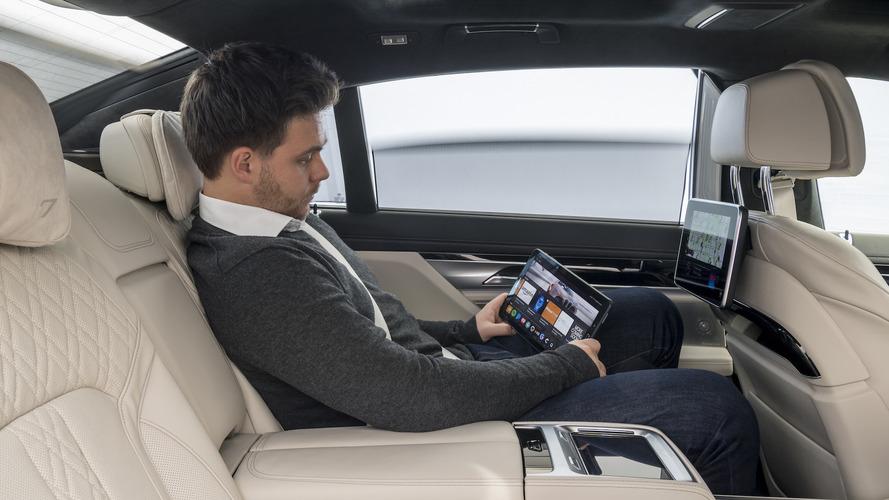 BMW, otonom sürüş modunu detaylandırıyor