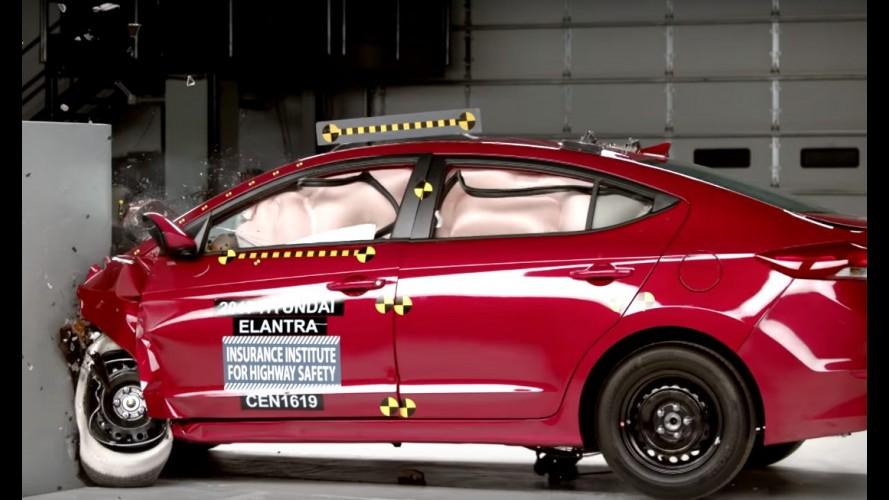 Prestes a chegar ao Brasil, Hyundai Elantra 2017 recebe nota máxima em segurança