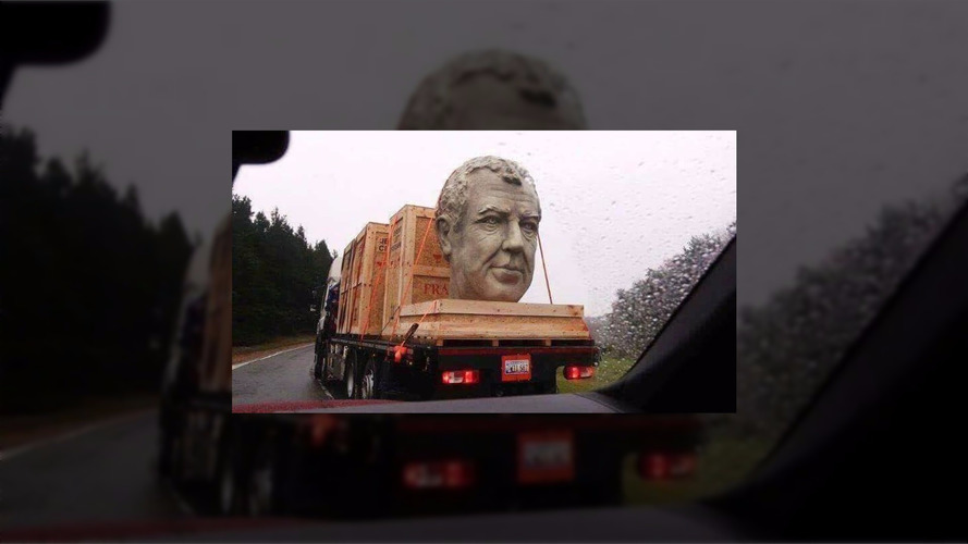 Jeremy Clarkson's massive head spotted on a truck