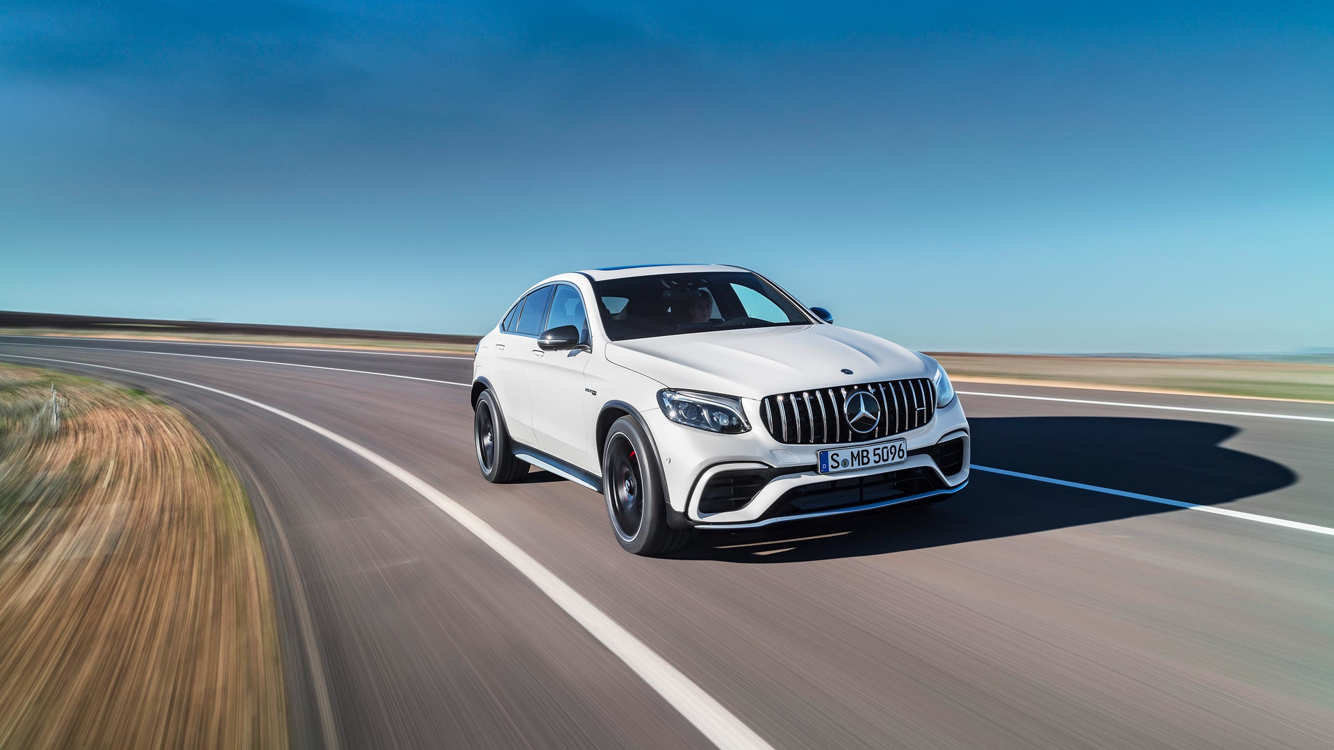 mercedes amg combines performance suv and v8 expertise rh andoniscars blogspot com