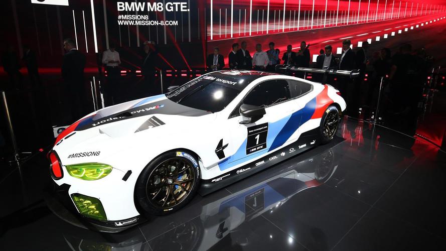 BMW'nin WEC aracı yeni M8 GTE tanıtıldı