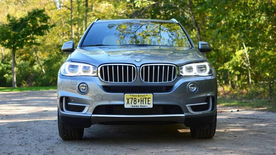 BMW X5'in elektronik kapı sistemi sahibini parmağından etmiş