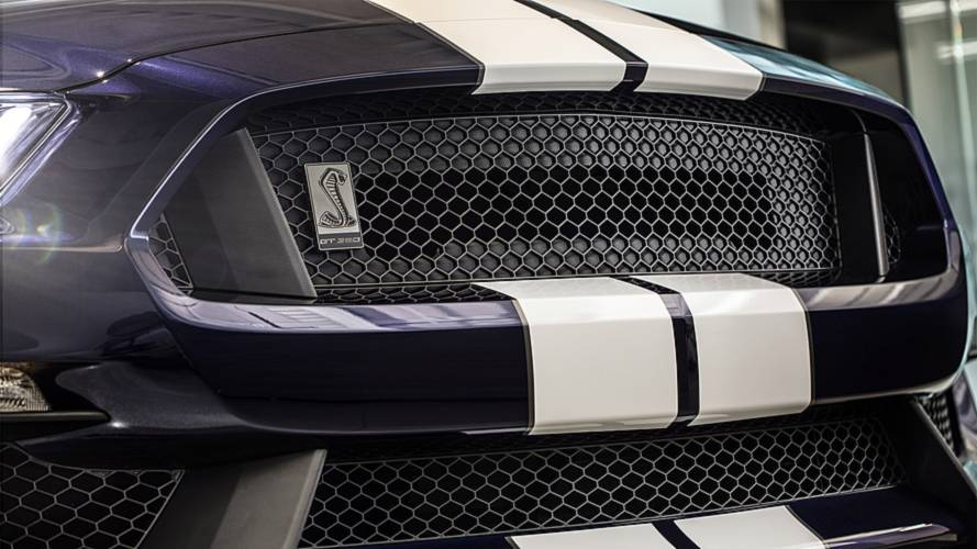 Ford Mustang Shelby GT350 Gets Sharper, More Stylish class=