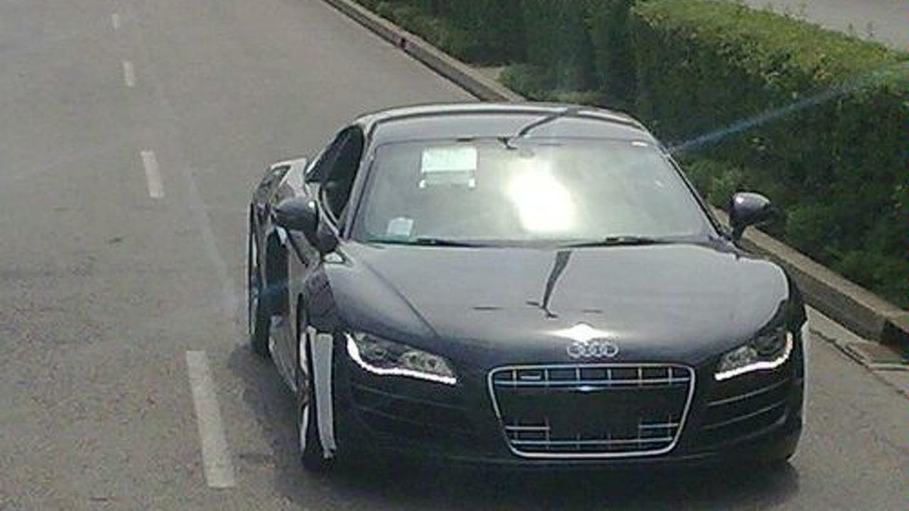 Audi R8 V10 salakuvia Nürburgringilta