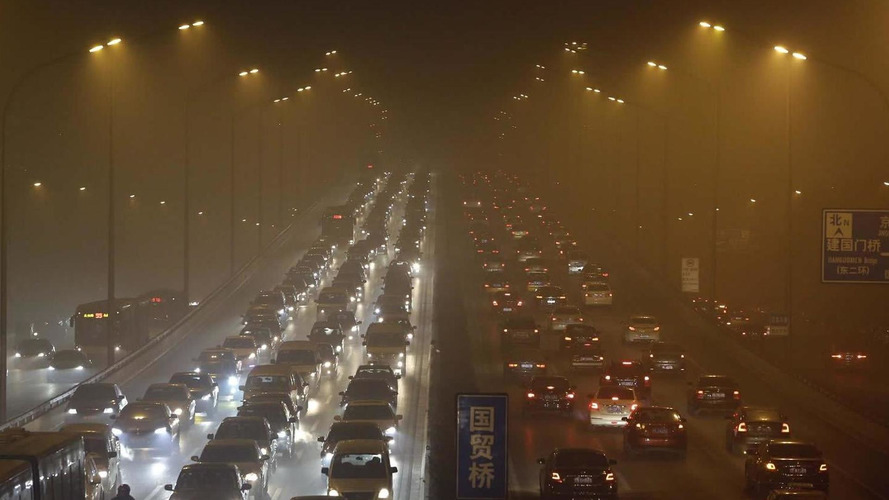 China trying to fix smog problem by getting 11 million older cars off the road