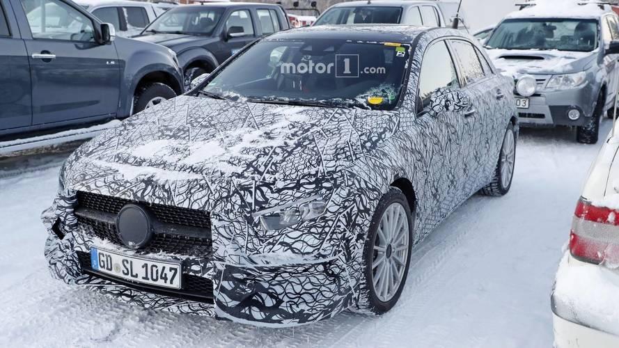 Mercedes-Benz Clase A 2018: fotos espía de la versión híbrida