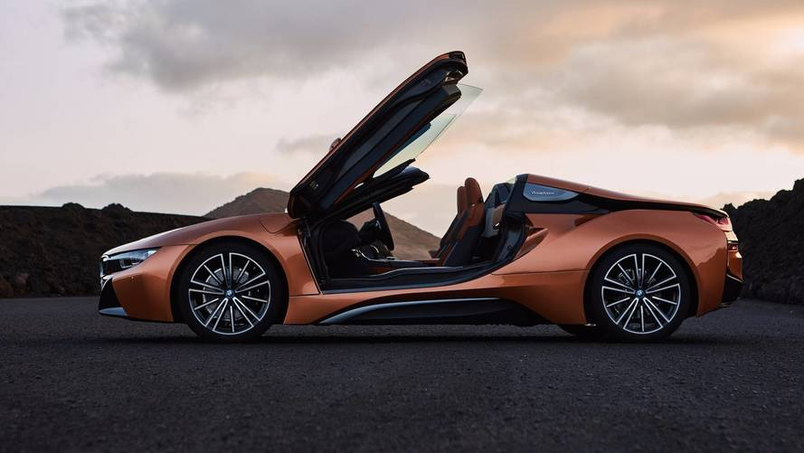 Roadster Arrives With Refreshed BMW i8 Coupe
