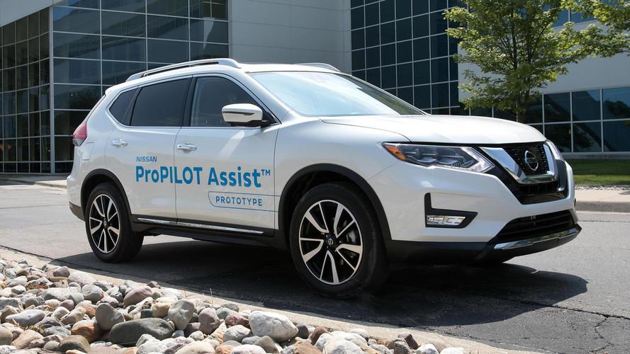 Nissan ProPilot Assist Eases You Into Autonomous Cars