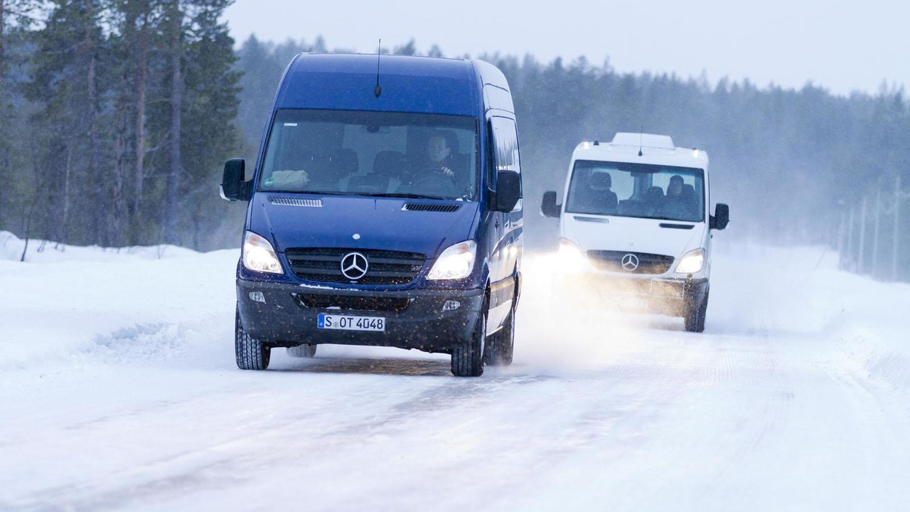 2013 Mercedes Sprinter van 14.3.2012