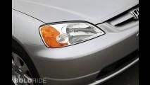 BMW 525i Esther Mahlangu Art Car