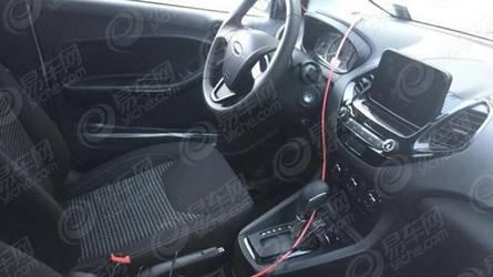 Flagra – Ford Ka 2019 enfim aparece com câmbio automático