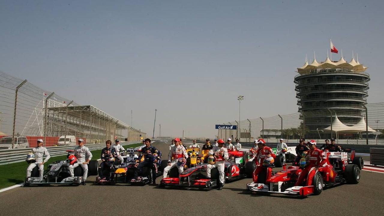 All the Formula 1 drivers pose for a photo - Formula 1 World Championship, Rd 1, Bahrain Grand Prix, Friday