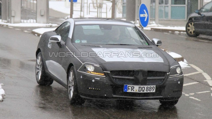 2011 Mercedes SLK Loses Body Armour - Shows SLS Style Nose in Latest Spy Photos