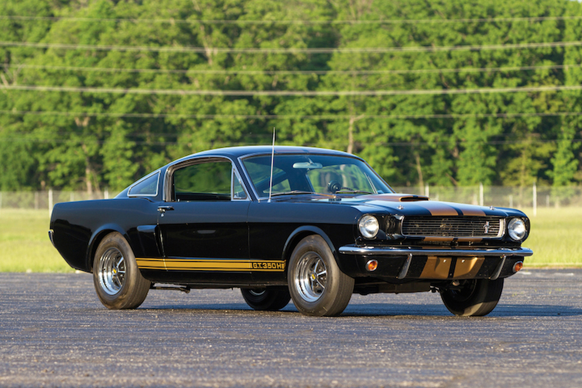 Shelby GT350H 'Rent-a-Racer' Brought Muscle to Masses