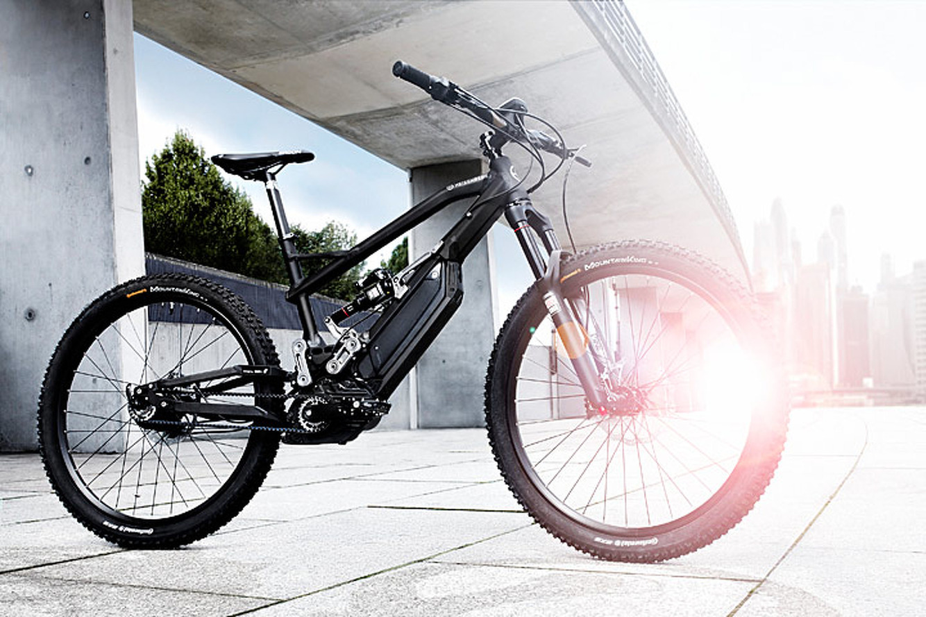 This Trail-Ready e-Bike Packs BMW i Technology
