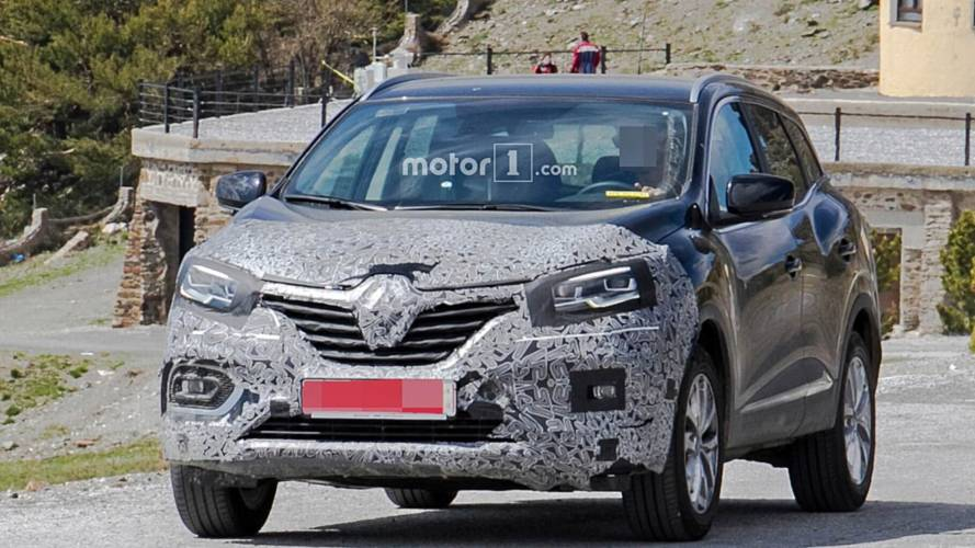 2019 Renault Kadjar Caught Hiding Mild Facelift [UPDATE]