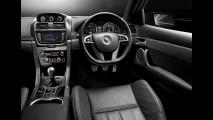 Vauxhall VXR8 2011: Versão esportiva do Omega com motor V8 de 413cv